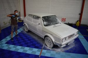 louez un box pour laver votre voiture